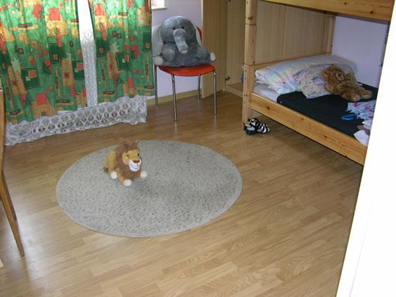 Lions Club Spende / Laminat Kinderzimmer.JPG