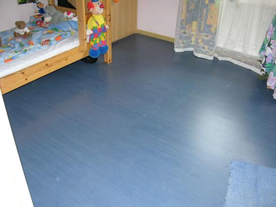 Lions club spende laminat blau jpg for Laminat ikea